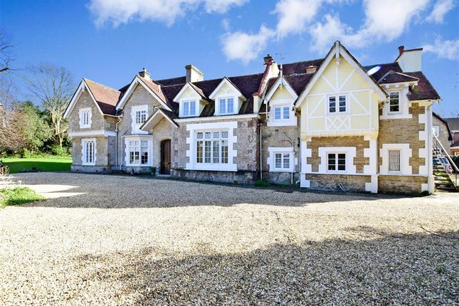 Thumbnail Flat for sale in Stonepitts Close, Ryde, Isle Of Wight