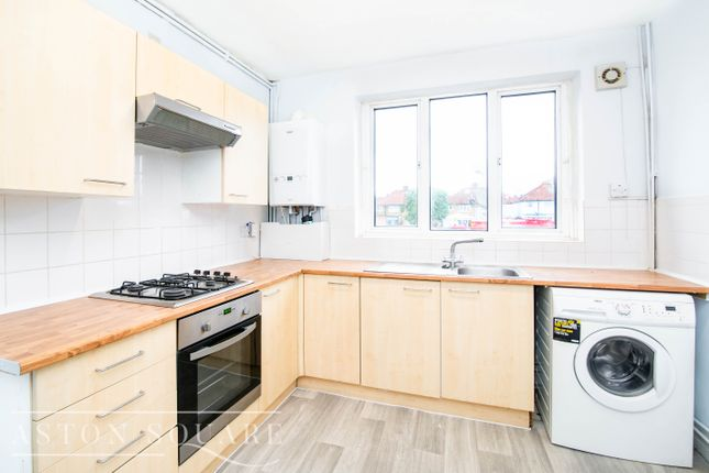 3 bed maisonette to rent in St Albans Road, Watford WD24
