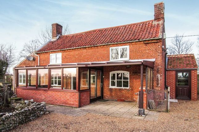 Thumbnail Cottage to rent in Ingham, Norwich
