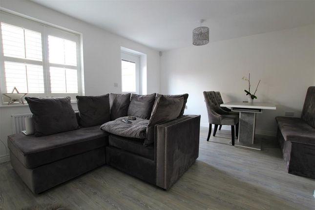 Thumbnail End terrace house for sale in Porus Piece, Leighton Buzzard