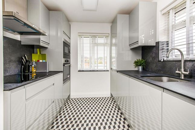 Kitchen of High Road, London N2
