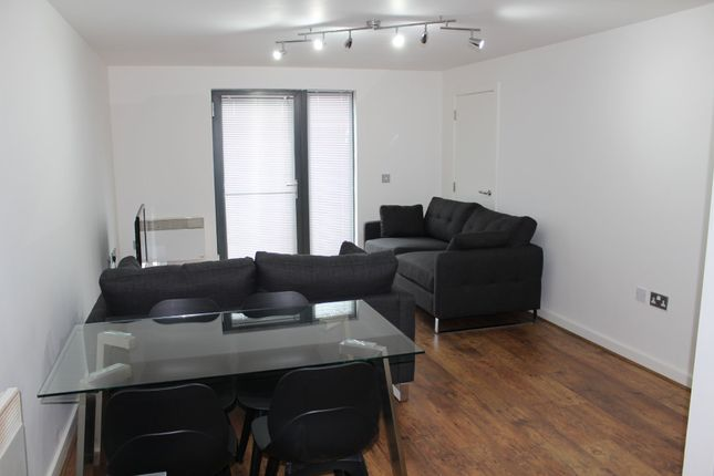Thumbnail Flat to rent in Green Hayes Lane West, Hulme, Manchester