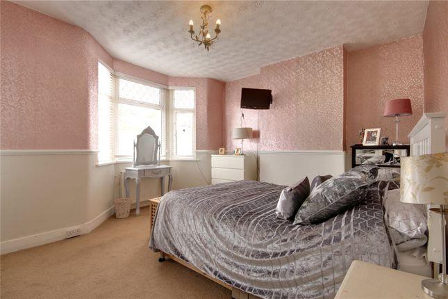 Picture No. 05 of Bertram Road, Enfield EN1