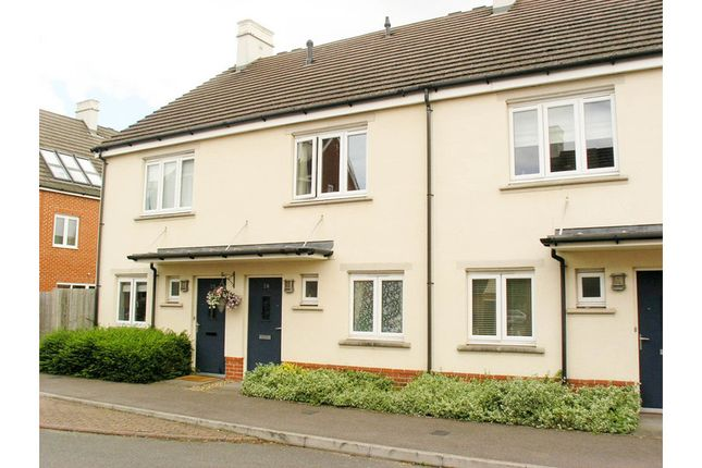 Thumbnail Terraced house for sale in Baynton, Woking, Woking