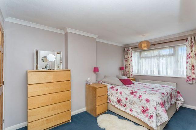 Photo 3 of Heath Way, Horsham, West Sussex RH12