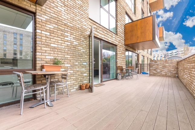 Thumbnail Flat for sale in Bodiam Court, 4 Lakeside Drive, Park Royal