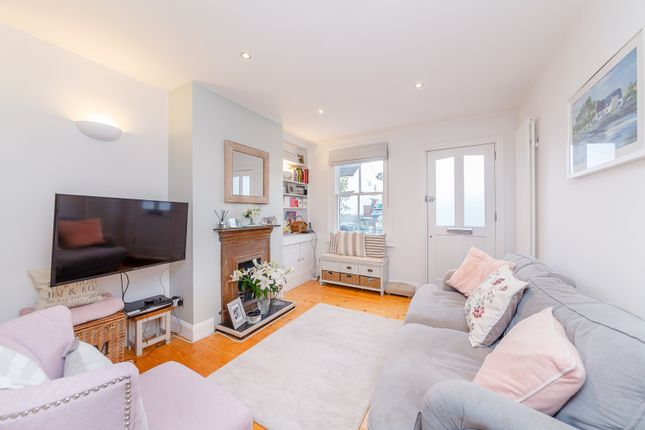 Sitting Area of Rushett Close, Thames Ditton KT7