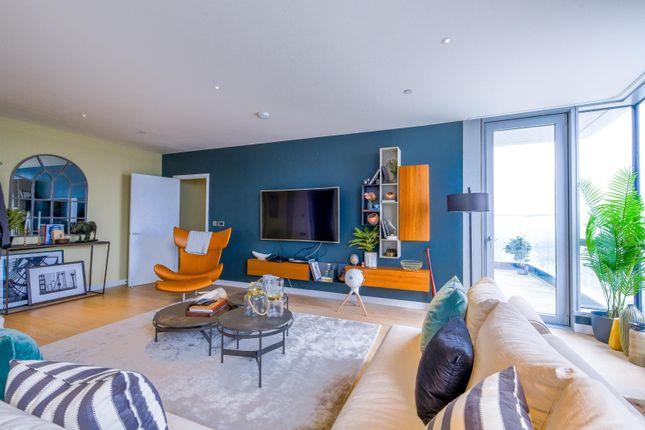Bedroom 2 of Biscayne Avenue, London E14