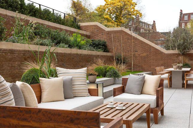 Garden of Holland Park Villas, 6 Campden Hill, London W8