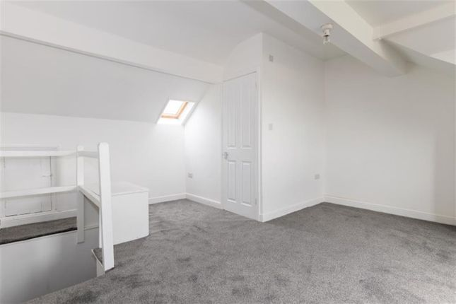 Bedroom Three of South Parade, Pudsey LS28