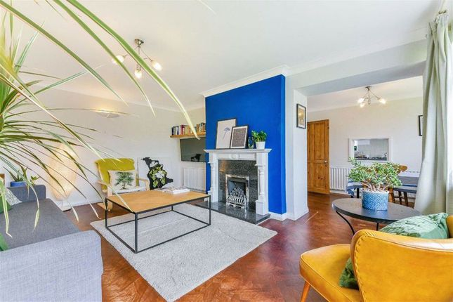 Maisonette for sale in Basildon Close, Sutton