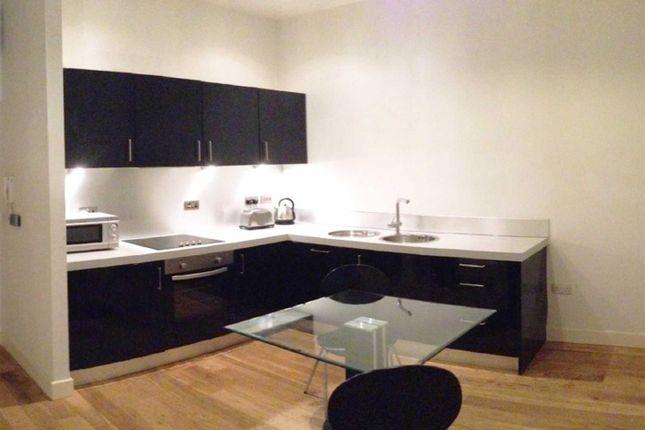 Thumbnail Flat to rent in Chapel Street, Bradford