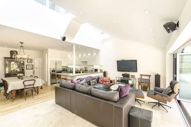 Thumbnail Terraced house to rent in Priory Gardens, Highgate, London