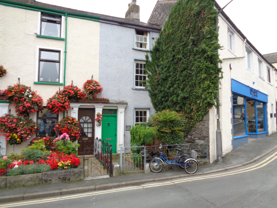 3 bed cottage for sale in Union Place, Ulverston