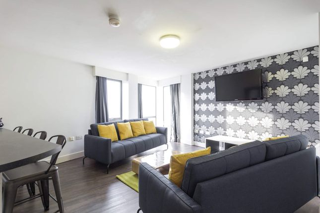 Thumbnail Flat to rent in The Triangle, 2 Burley Road, University
