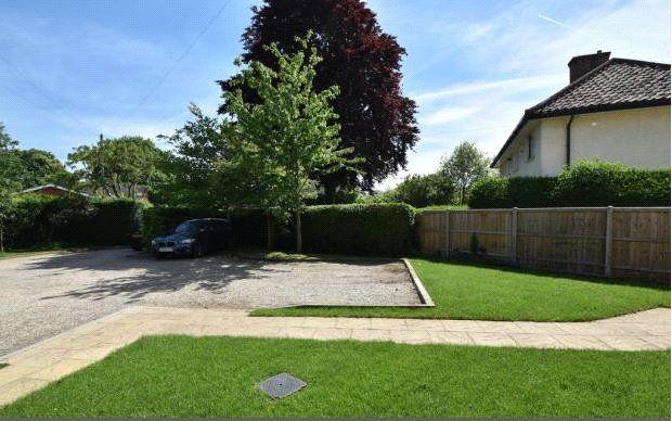 Picture No. 09 of Thornfield Road, Bishop's Stortford, Hertfordshire CM23