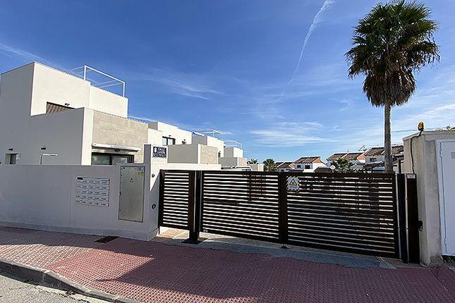 Thumbnail Villa for sale in Ciudad Quesada, Orihuela Costa, Alicante, Valencia, Spain