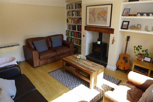 Lounge of Maesmagwr, Aberystwyth, Ceredigion SY23