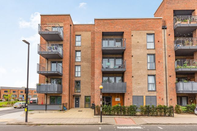 2 bed flat for sale in Havelock Road, Southall UB2