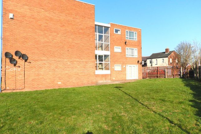 Thumbnail Flat for sale in South Park Court, Kirkby, Liverpool