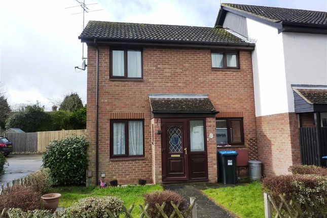 Thumbnail Terraced house to rent in Barnfield Way, Oxted, Surrey