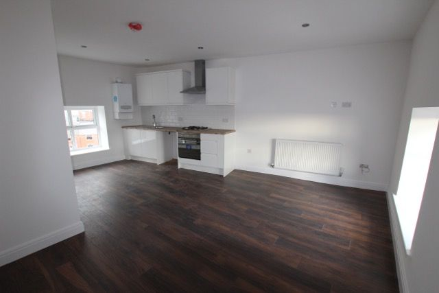 Thumbnail Flat to rent in Bow Street, Oldham