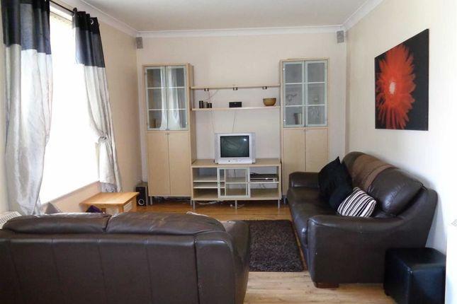 Thumbnail Flat to rent in Grosvenor Gardens, High Street, Stalybridge