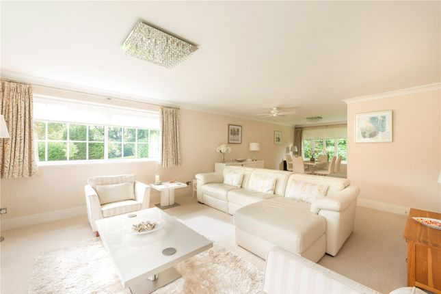 Thumbnail Flat for sale in Castle Hill Court, Prestbury, Macclesfield, Cheshire