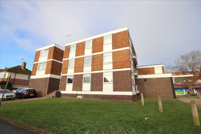 2 bed flat for sale in Broadwater Boulevard Flats, Broadwater, Worthing BN14