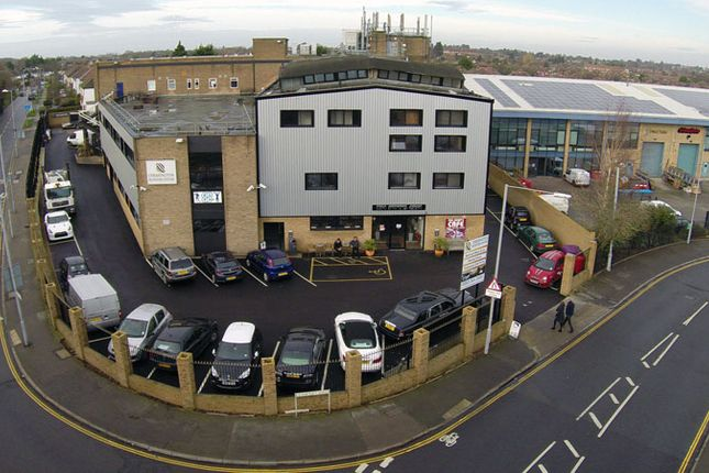 Thumbnail Office to let in Cox Lane, Chessington