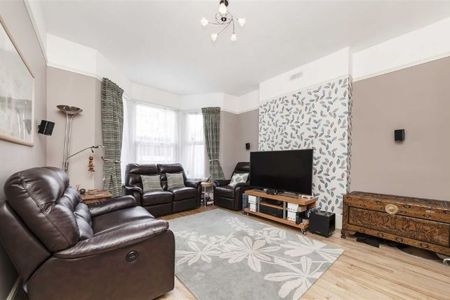 Thumbnail Flat for sale in Stockwell Road, London