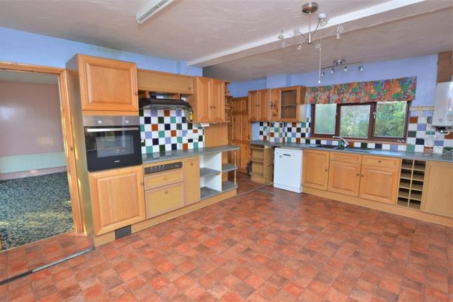 Kitchen of Shortlands Lane, Cullompton, Devon EX15