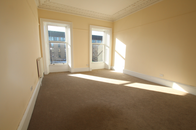 Thumbnail Town house to rent in Annfield Place, Glasgow