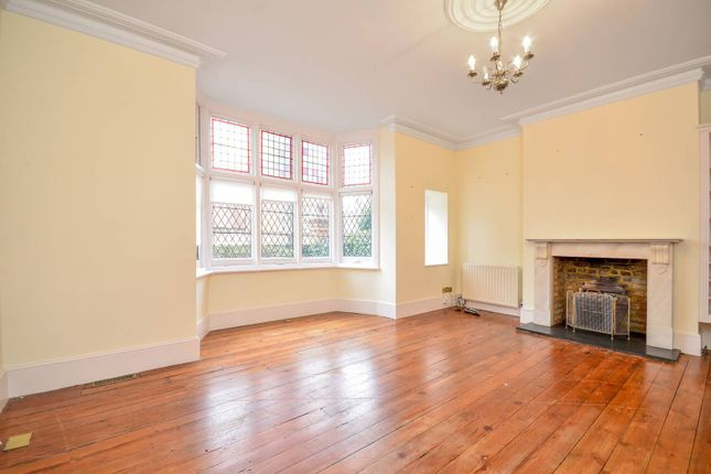 2 bed flat to rent in Bedford Road, Bedford Park