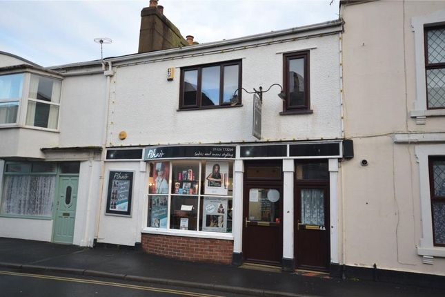Thumbnail Flat to rent in Hollands Road, Teignmouth, Devon