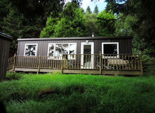 Thumbnail Mobile/park home for sale in Plas Panteidal, Aberdovey, Gwynedd