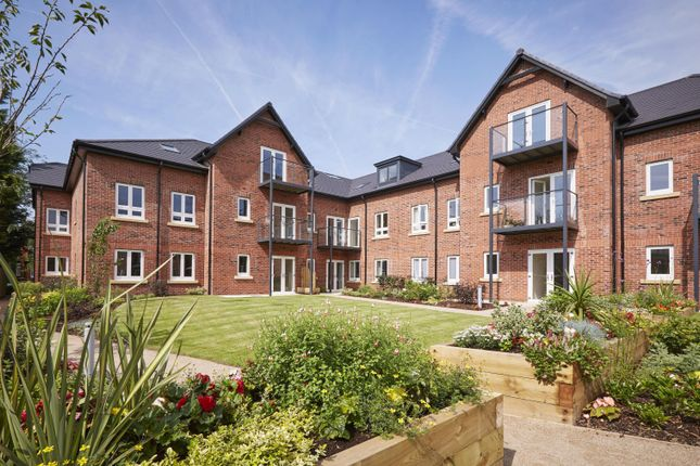 2 bed flat for sale in The Chimes, Lime Grove, Cheadle SK8