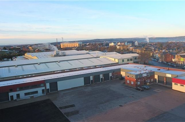 Light industrial to let in Unit 3, Cutler Heights Lane, Bradford, West Yorkshire