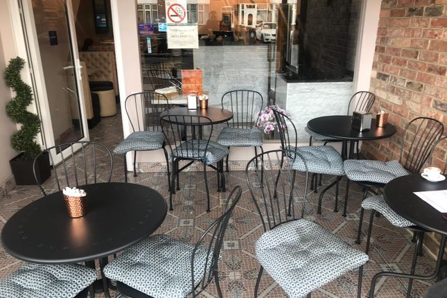 Restaurant/cafe for sale in Leabridge Road, Leyton