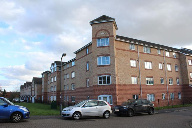 2 bed property for sale in Princes Gate, High Wycombe