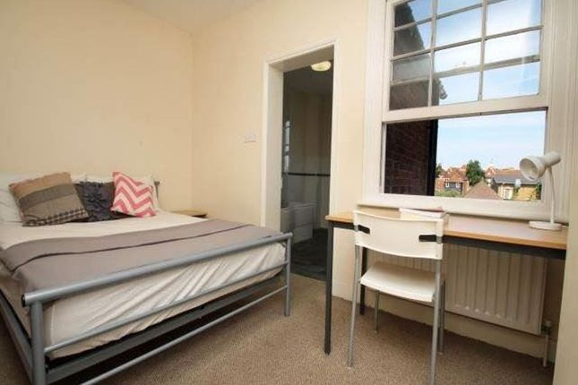 Thumbnail Property to rent in Vernon Place, Canterbury