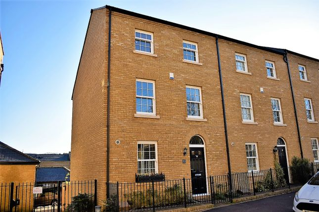 End terrace house for sale in Union Street, Rochester
