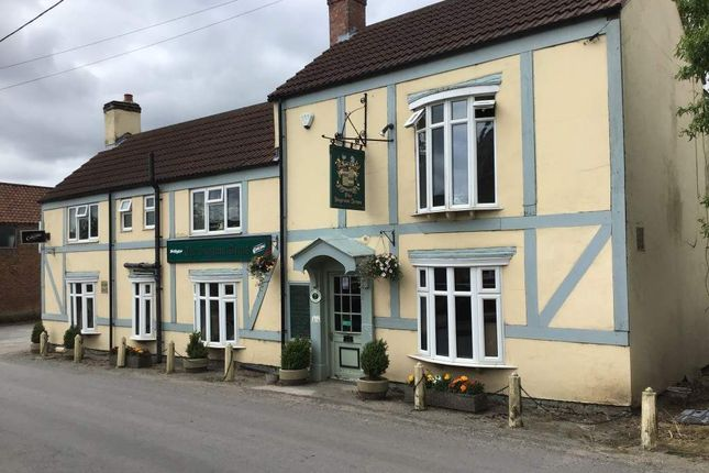 Thumbnail Pub/bar for sale in Blyton Road, Laughton, Gainsborough