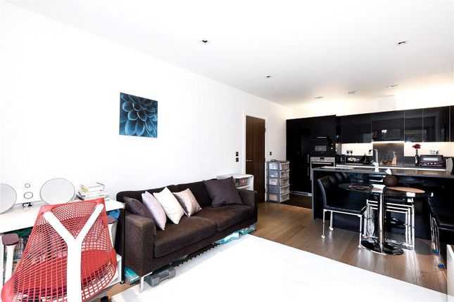 Thumbnail Flat for sale in Belgravia House, Longfield Avenue