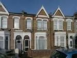 Thumbnail Flat to rent in Hatherley Road, London
