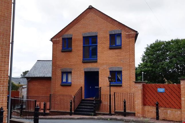 Thumbnail Maisonette for sale in High Street, Llandrindod Wells