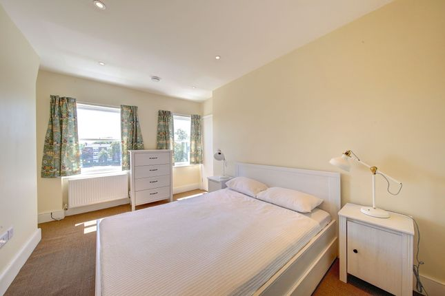 Bedroom 1 of West Grove, Greenwich SE10