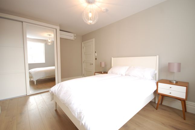 Flat to rent in Whitehall, London
