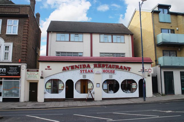 Thumbnail Pub/bar for sale in London - Well-Positioned Restaurant DA16, Bexley