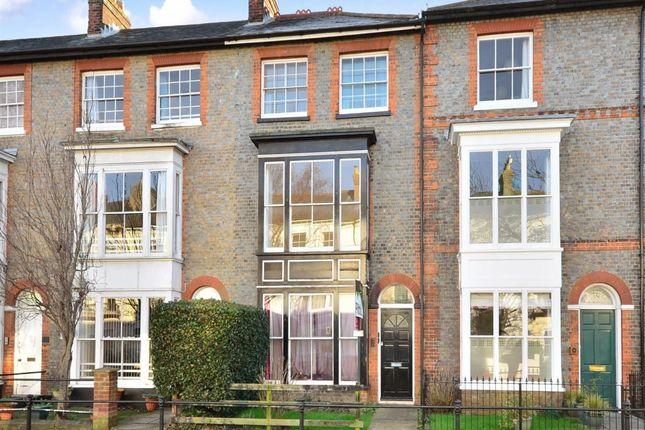 Thumbnail Flat to rent in Carisbrooke Road, Newport